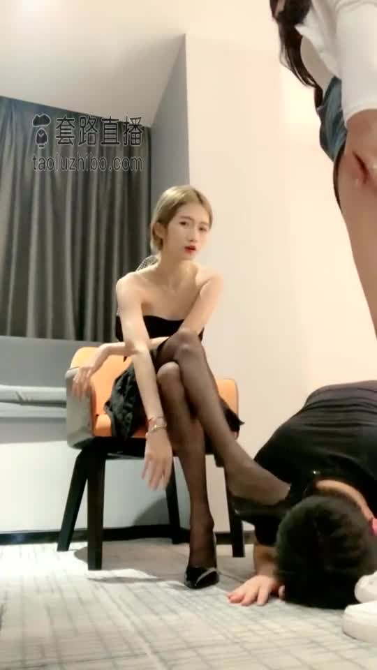Girlfriend boyfriend smells crotch and plays with JJ, double s mixed holy water, part 1